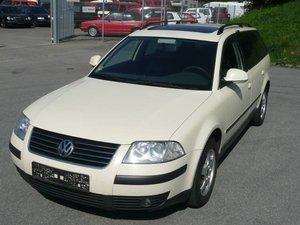 VW Passat Variant 19 TDI Navi Schiebedach
